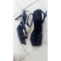 Talon en sandale  noir